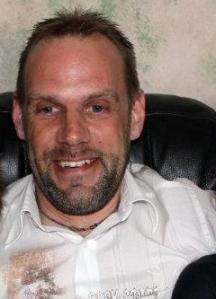 Ian D Moore