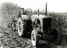 Perrystonetractor 1930s