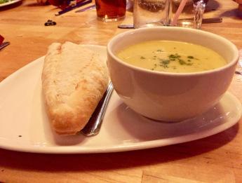 Llandeilo angel hotel curried cauliflower soup